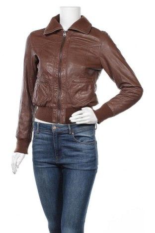 Γυναικείο δερμάτινο μπουφάν Conbipel, Μέγεθος M, Χρώμα Καφέ, Γνήσιο δέρμα, Τιμή 25,72€