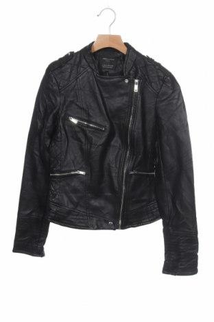 Дамско кожено яке Zara Trafaluc, Размер XS, Цвят Черен, Еко кожа, Цена 35,49лв.