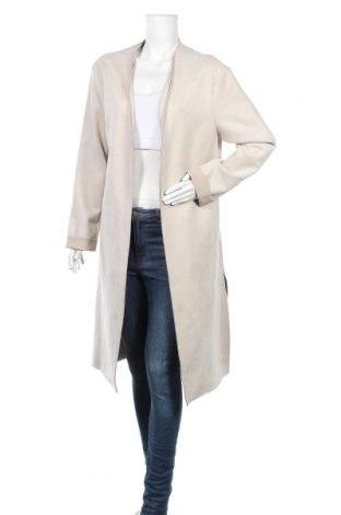 Дамско палто Zara, Размер M, Цвят Бежов, 88% полиестер, 12% еластан, Цена 61,58лв.