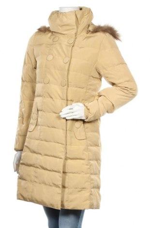 Дамско яке Lee Cooper, Размер M, Цвят Жълт, Текстил, естествен косъм, Цена 56,00лв.