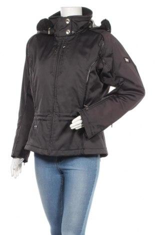 Дамско яке Spyder, Размер M, Цвят Черен, 96% полиестер, 4% еластан, Цена 44,52лв.
