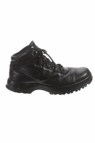 Мъжки обувки Nike Acg