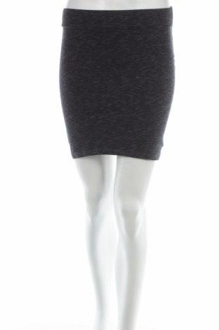 Пола H&M Divided, Размер XS, Цвят Сив, 95% памук, 5% еластан, Цена 5,40лв.
