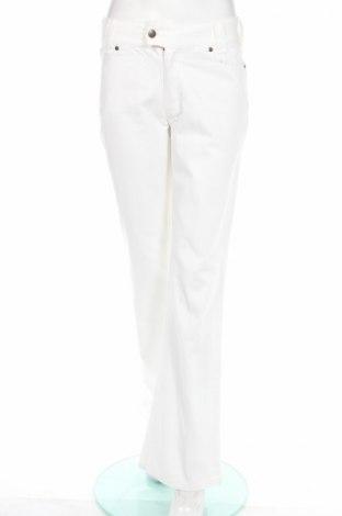Дамски дънки Just Casual, Размер S, Цвят Бял, Памук, Цена 10,40лв.