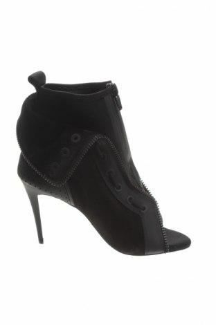 Încălțăminte de damă Alexander Wang For H&M, Mărime 38, Culoare Negru, Velur natural, piele naturală, textil, Preț 216,45 Lei
