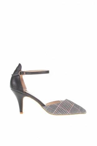 Γυναικεία παπούτσια, Μέγεθος 39, Χρώμα Πολύχρωμο, Κλωστοϋφαντουργικά προϊόντα, Τιμή 7,64€