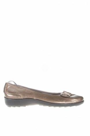 Дамски обувки, Размер 37, Цвят Златист, Еко кожа, Цена 7,75лв.