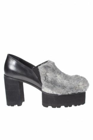 Дамски обувки Dondup