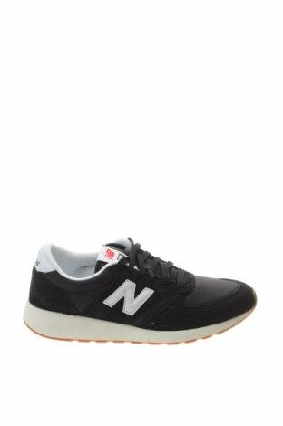 Мъжки обувки New Balance, Размер 40, Цвят Черен, Естествен велур, текстил, Цена 76,45лв.
