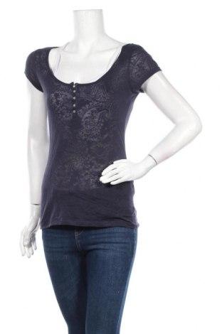 Дамска блуза H&M L.O.G.G., Размер S, Цвят Син, 62% полиестер, 38% памук, Цена 4,73лв.