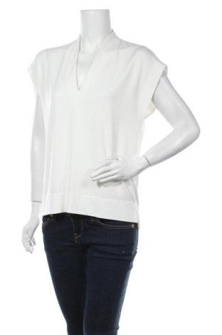 Дамска блуза In Wear, Размер M, Цвят Екрю, 95% полиестер, 5% еластан, Цена 35,77лв.