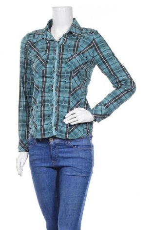 Дамска риза, Размер M, Цвят Зелен, Цена 5,71лв.