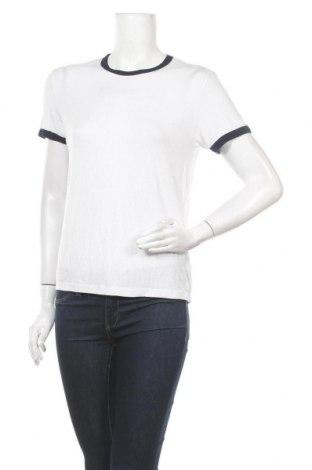 Дамска тениска Bershka, Размер M, Цвят Бял, 96% модал, 4% еластан, Цена 14,70лв.