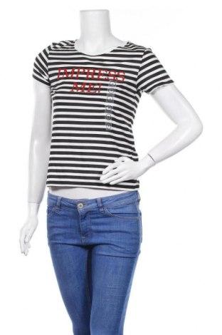 Дамска тениска Clockhouse, Размер S, Цвят Черен, 51% модал, 49% памук, Цена 19,50лв.