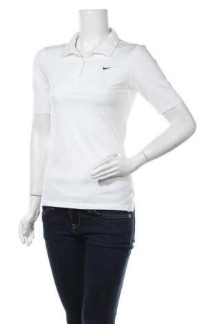 Дамска тениска Nike, Размер S, Цвят Бял, Цена 28,35лв.