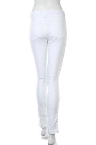Дамски дънки Aniston, Размер S, Цвят Бял, 98% памук, 2% еластан, Цена 26,66лв.