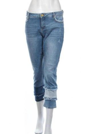 Дамски дънки Clockhouse, Размер M, Цвят Син, 99% памук, 1% еластан, Цена 24,57лв.