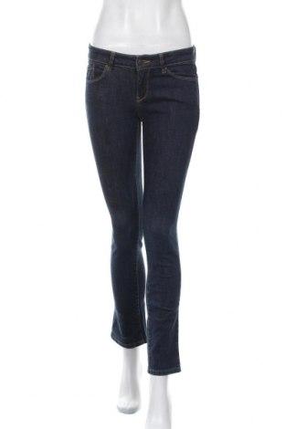 Дамски дънки Esprit, Размер S, Цвят Син, 95% памук, 6% еластан, Цена 18,36лв.