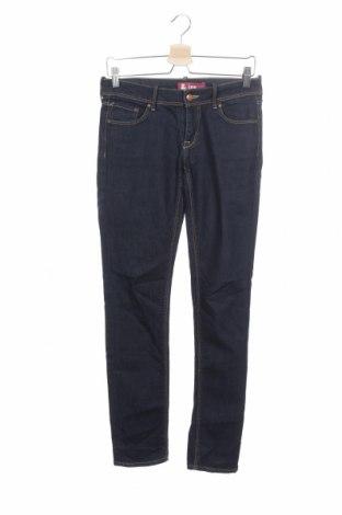 Дамски дънки H&M, Размер M, Цвят Син, 98% памук, 2% еластан, Цена 24,15лв.