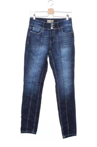 Дамски дънки Janina, Размер S, Цвят Син, 76% памук, 23% полиестер, 1% еластан, Цена 8,94лв.