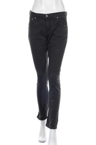 Дамски дънки Please, Размер M, Цвят Черен, 98% памук, 2% еластан, Цена 111,75лв.