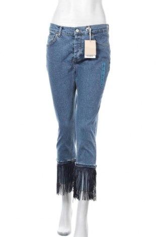 Дамски дънки Pull&Bear, Размер M, Цвят Син, 99% памук, 1% еластан, Цена 23,52лв.