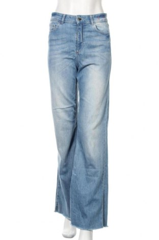 Дамски дънки TWINSET, Размер M, Цвят Син, 99% памук, 1% еластан, Цена 123,00лв.