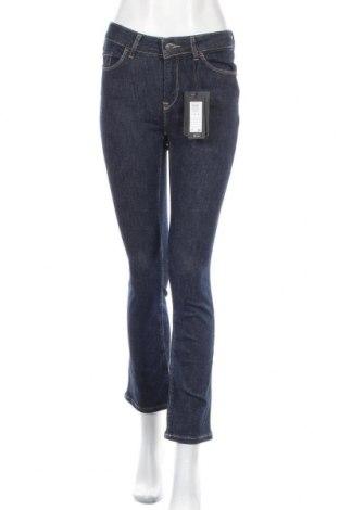 Дамски дънки Vero Moda, Размер M, Цвят Син, 93% памук, 5% полиестер, 2% еластан, Цена 13,65лв.