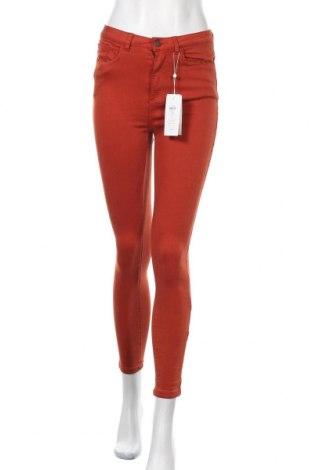 Дамски дънки Vila, Размер S, Цвят Червен, 65% памук, 33% модал, 2% еластан, Цена 17,92лв.