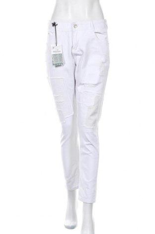 Дамски дънки Zara Trafaluc, Размер L, Цвят Бял, Памук, Цена 41,25лв.