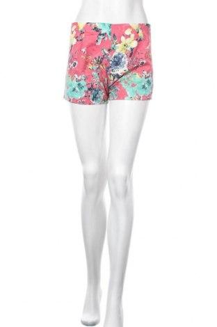 Γυναικείο κοντό παντελόνι, Μέγεθος S, Χρώμα Πολύχρωμο, Τιμή 3,86€