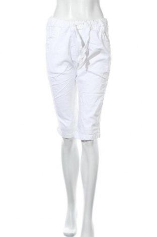 Γυναικείο κοντό παντελόνι, Μέγεθος M, Χρώμα Λευκό, 95% βαμβάκι, 5% ελαστάνη, Τιμή 9,35€