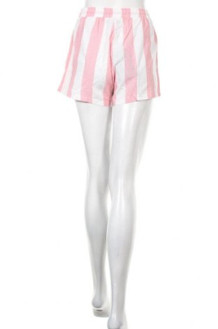 Γυναικείο κοντό παντελόνι Pretty Little Thing, Μέγεθος S, Χρώμα Λευκό, Βαμβάκι, Τιμή 13,67€
