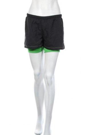 Γυναικείο κοντό παντελόνι Saucony, Μέγεθος L, Χρώμα Μαύρο, Τιμή 6,72€
