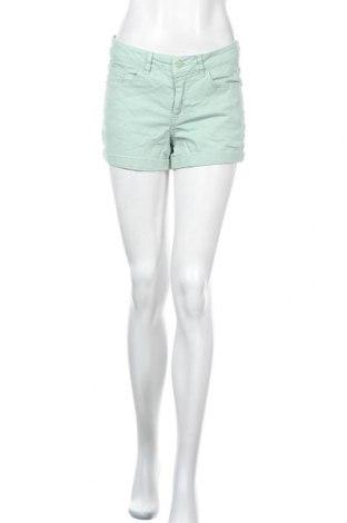 Γυναικείο κοντό παντελόνι Vero Moda, Μέγεθος M, Χρώμα Πράσινο, 98% βαμβάκι, 2% ελαστάνη, Τιμή 11,59€