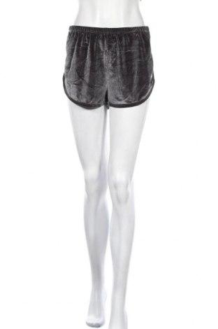Γυναικείο κοντό παντελόνι Zebra, Μέγεθος S, Χρώμα Γκρί, 90% πολυεστέρας, 10% ελαστάνη, Τιμή 4,09€
