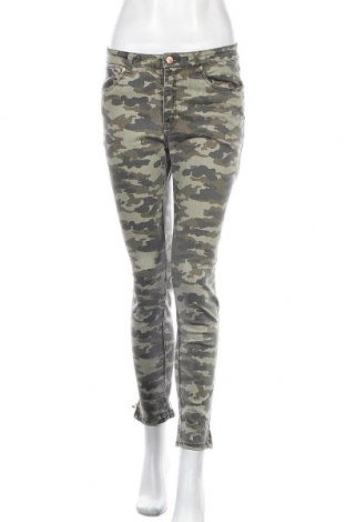 Дамски панталон H&M L.O.G.G., Размер M, Цвят Многоцветен, 81% памук, 17% полиестер, 2% еластан, Цена 19,32лв.