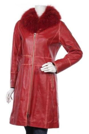 Дамско кожено яке Rossodisera, Размер M, Цвят Червен, Естествена кожа, естествен косъм, Цена 127,68лв.