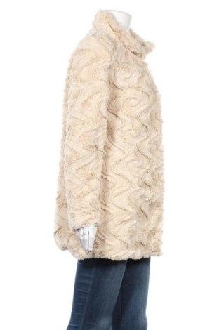Дамско палто Vero Moda, Размер M, Цвят Екрю, Полиестер, Цена 32,40лв.