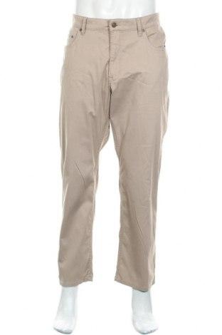 Мъжки панталон Mac, Размер XL, Цвят Бежов, Цена 3,00лв.