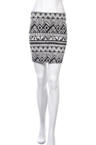 Пола Tally Weijl, Размер S, Цвят Черен, 95% памук, 5% еластан, Цена 24,57лв.