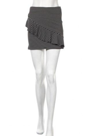 Пола Zara Trafaluc, Размер S, Цвят Черен, 98% полиестер, 2% еластан, Цена 8,54лв.