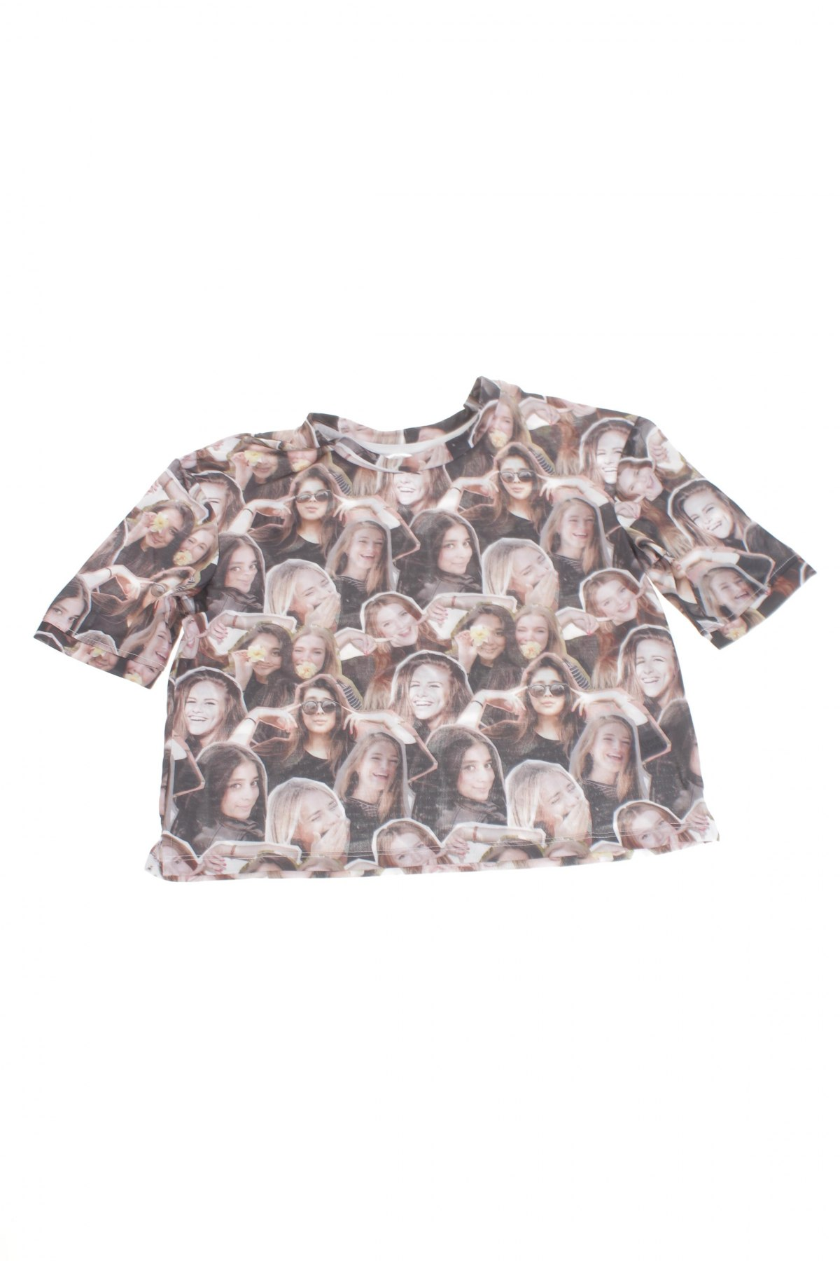 Детска блуза Here+There, Размер 10-11y/ 146-152 см, Цвят Многоцветен, 100% полиестер, Цена 3,12лв.