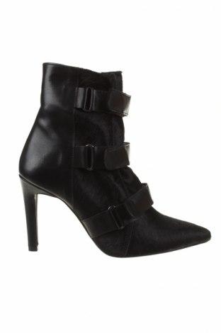 Dámské topánky  So Jamie