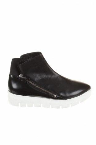Dámské topánky  Vic Matié