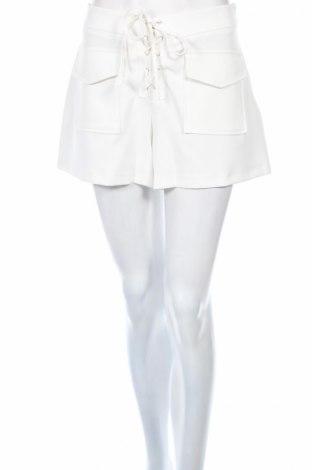 Дамски къс панталон Carla
