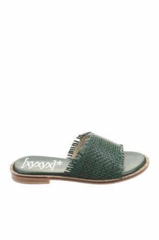 Papuci Xyxyx