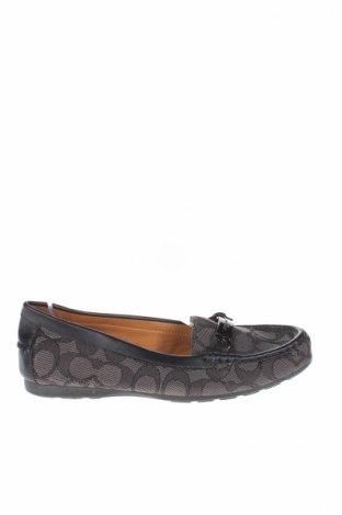 Γυναικεία παπούτσια Coach