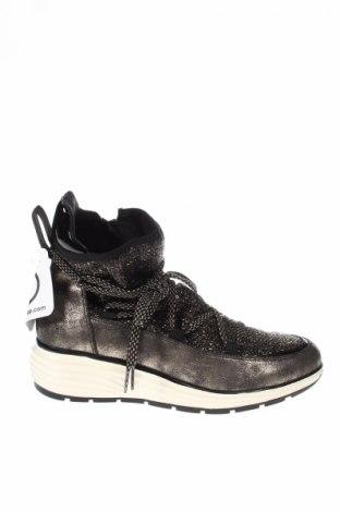 Γυναικεία παπούτσια Tamaris