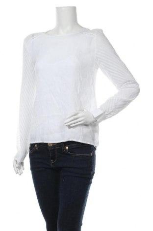 Дамска блуза Object, Размер S, Цвят Бял, Вискоза, Цена 29,50лв.